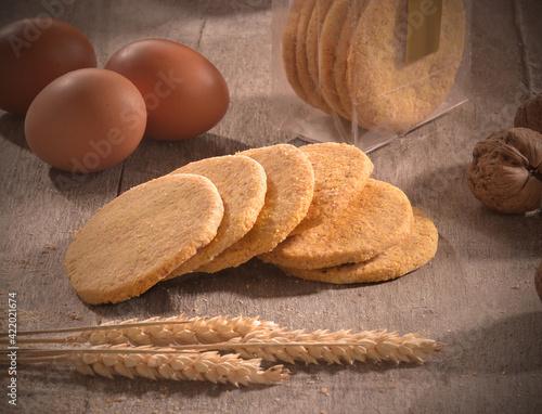 Valokuvatapetti Home made korn cookies on rustic kitchen background.