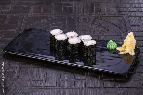 Fototapeta Japanese roll maki with crab obraz