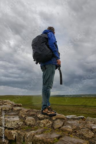 Obraz na plátně Hiker on Hadrian wall