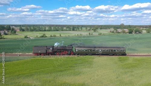 Fototapeta tractor in field obraz