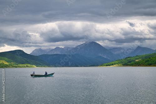 Obraz na plátně Campotosto Lake, Gran Sasso Park, Abruzzo, Italy