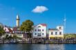 canvas print picture - Blick auf den Leuchtturm von Warnemünde