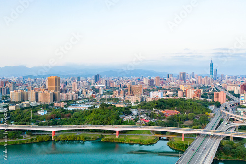 Fotografiet Taipei City Aerial View - Asia business concept image, panoramic modern cityscap