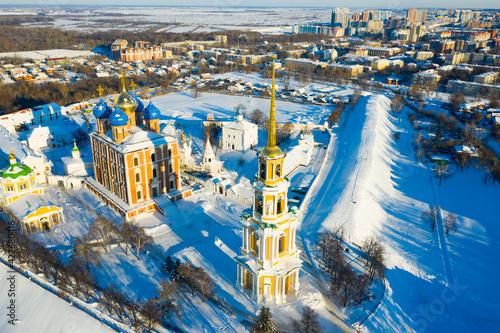Obraz na plátně Winter aerial view of Ryazan Kremlin - oldest historical and architectural monum