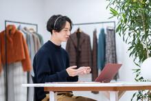 ビジネス ファッションデザイナー