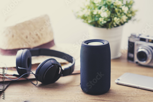 Papel de parede portable bluetooth speaker