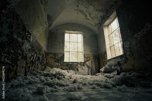 Obraz na płótnie old abandoned building