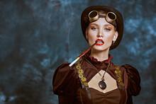 Charismatic Lady Smokes