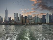 Panorámica De La Ciudad De Nueva York Desde El Río Hudson