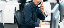 ビジネス・電話・男性