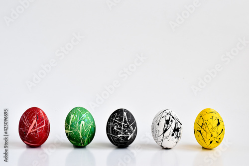 Obraz Banner of 6 painted colored eggs. Easter. Minimalism. copy space - fototapety do salonu