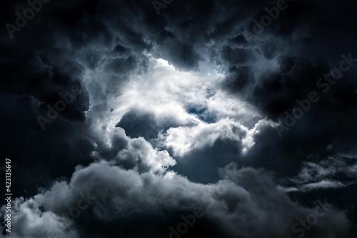 Obraz na plátne Dark Storm Clouds