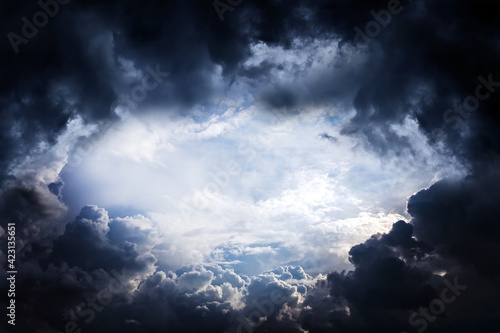 Dark Storm Clouds Fototapet