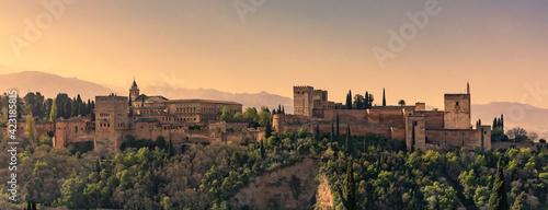 Valokuva dawn in Alhambra Granada Spain