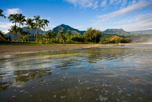 The Tide Begins To Come In As Seen From Hanalei Beach On The North Shore Of Kauai. Hawaii.