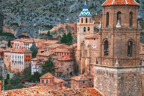 Photo Vista de Albarracín y su muralla