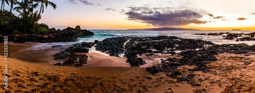 Canvas Sunset at Paako Cove aka Secret Beach With Kaho'olawe Island in the Distance, Ma