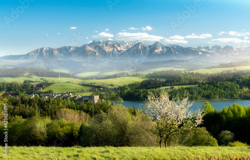 Obraz Beautiful spring sunset at Tatra mountains in Poland - fototapety do salonu