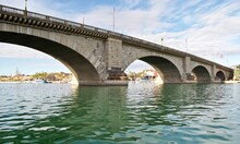 London Bridge In Lake Havasu City, Arizona. It Formerly Spanned The River Thames In London, England. It Was Then Purchased And Reconstructed In Arizona To Attract Tourism And Home Buyers.
