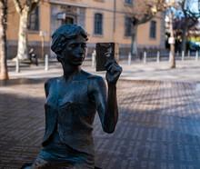 Statue Bronze Gap France
