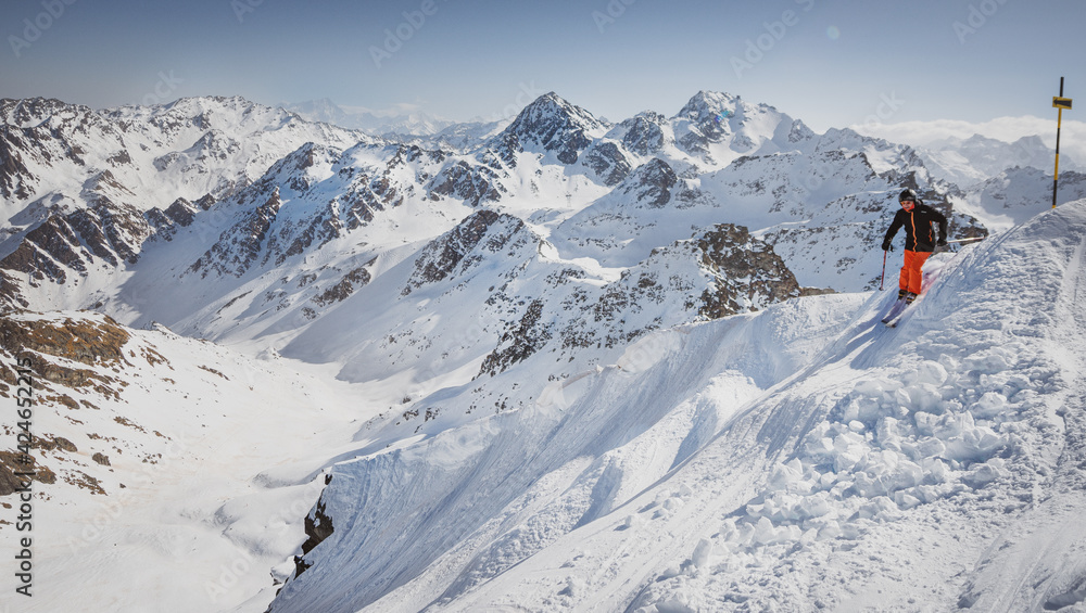 Fototapeta verbier, nands, szwajcaria narciarski, narty, zimą, śnieg, narciarz, zabawa,  sport zimowy, alpy, sezon, wakacje, niebo,  nachylenie, podróż zimny, mountainside, ekstremalne,   styl życia, rekreacja l