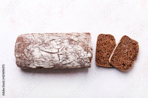 Slika na platnu loaf of rye bread, cut into slices