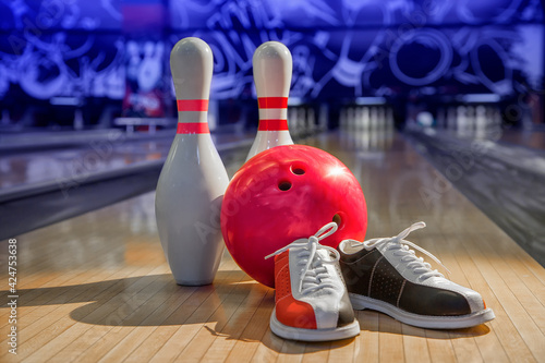 Canvas Print bowling shoes, bowling pins and ball for play in bowling