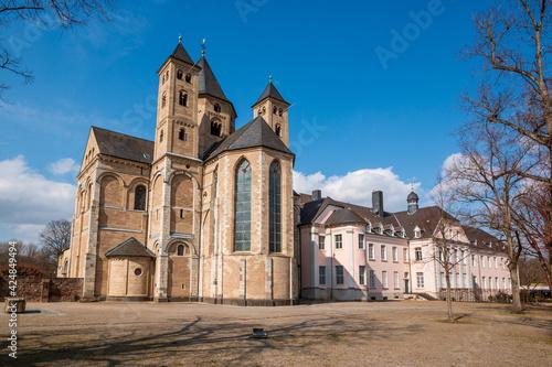 Fotografia, Obraz Klosterkirche St. Andreas - Knechtseden bei Dormagen von Südosten