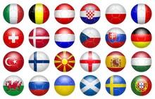 Football 2020. Ballons Aux Couleurs Des équipes Participantes