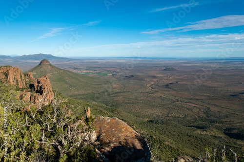 View of the arid mainland in the Cape Town region, Anysberg Nature Reserve, Sout Fotobehang