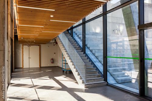 Billede på lærred staircase in an building