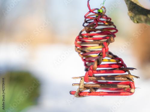 Fototapeta Ozdoba w słońcu, koniec zimy, początek wiosny obraz