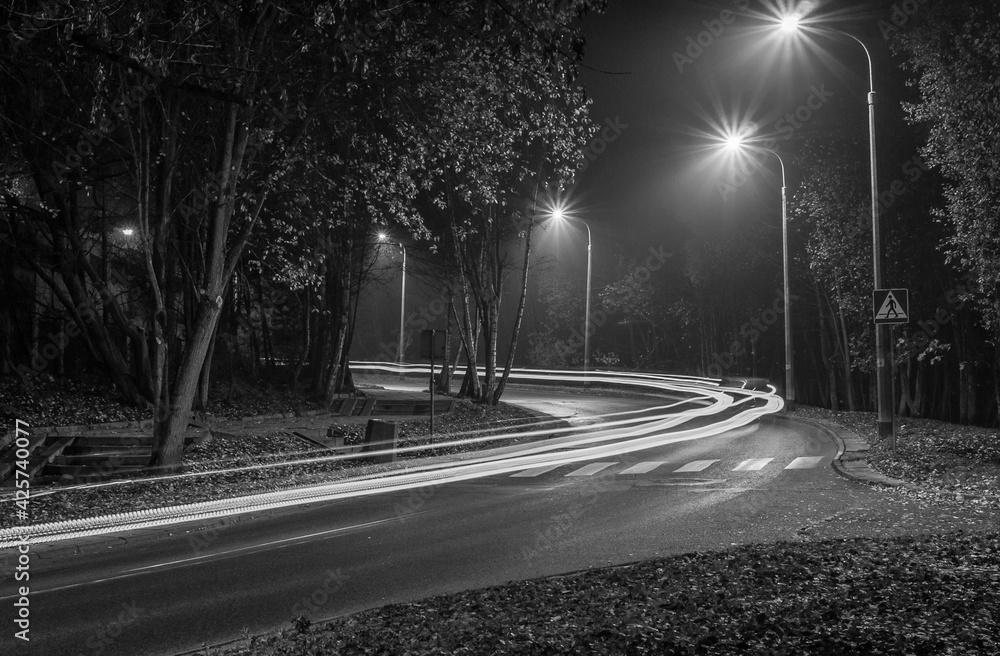 Fototapeta czarnobiałe światło - obraz na płótnie