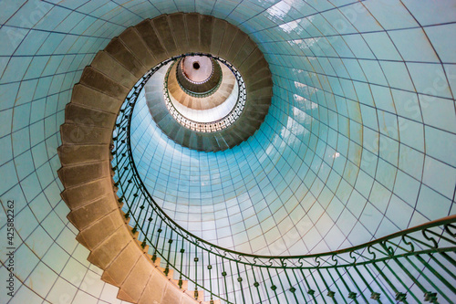 Papel de parede High lighthouse stairs, vierge island, brittany,france