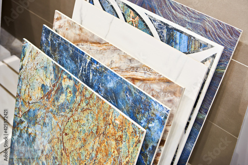 Foto Colored pattern porcelain stoneware tiles in store