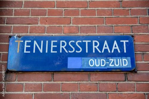 Obraz na plátne Street Sign Teniersstraat At Amsterdam The Netherlands 10-8-2020