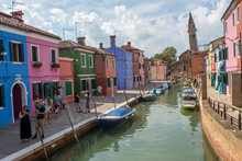 Discovery Of The City Of Venice, Burano And Its Small Canals And Romantic Alleys