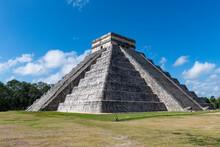 Pre-Columbian City, Chichen Itza, UNESCO World Heritage Site, Yucatan, Mexico