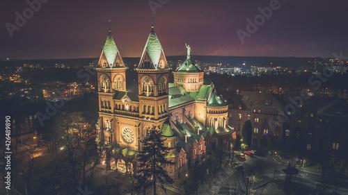 Tela Basilica In Night