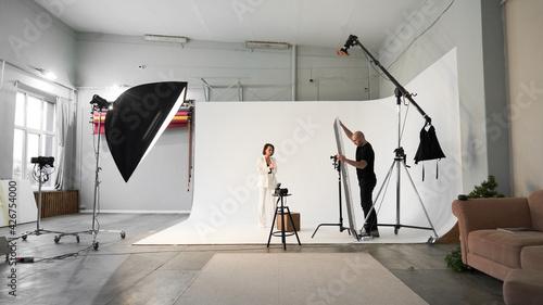 Foto Fashion photography in a photo studio