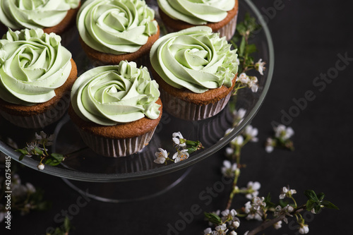 Fotografie, Obraz Cupcakes topped with pandan flavor buttercream