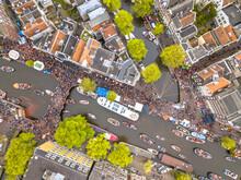 Boat Parade Kings Day