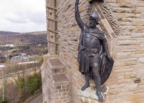 William Wallace statue stands proudly Wallpaper Mural