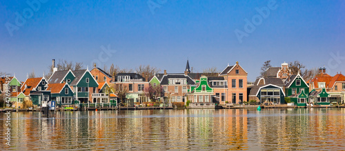 Valokuva Panorama of traditional dutch houses at the Zaan river in Zaandijk, Netherlands