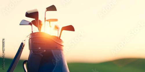 Fotografía Golf clubs in bag at golf course resort