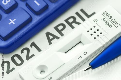 Corona Antigen Schnelltest und Rechner mit Kalender April 2021