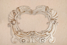 Abstract Frame. Baroque Ispired Oval Frame