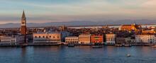 Venezia. Veduta  Dal Campanile Di San Giorgio Maggiore Verso  I Palazzi Del Quartiere Di San Marco