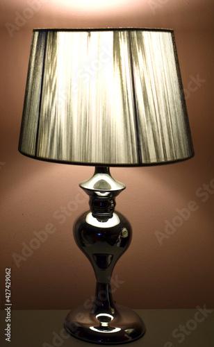 lampa, światło, lampka nocna, światło żarowe, ściana, chromowane,  - fototapety na wymiar