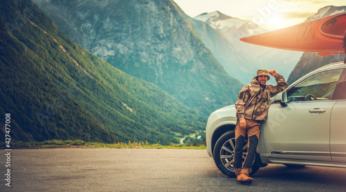 Fotografie, Tablou Smiling Happy Men on the Vacation Road Trip